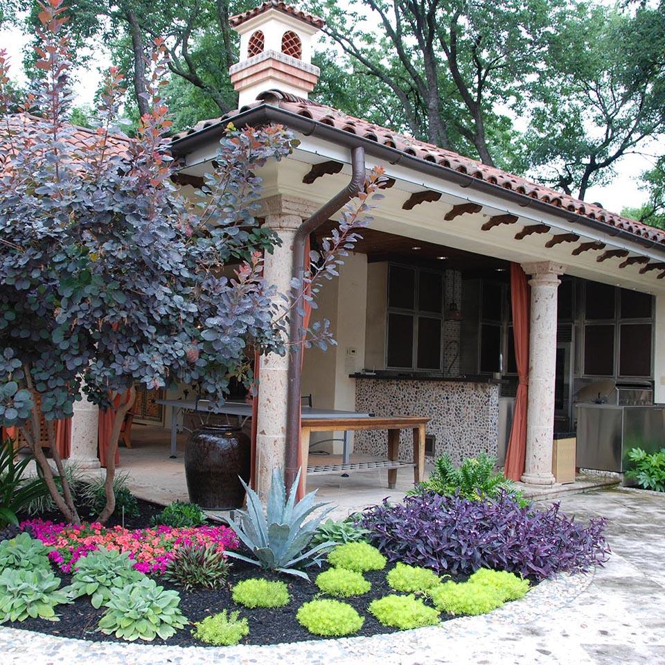 Spanish Colonial Design: Dallas Landscape Architect